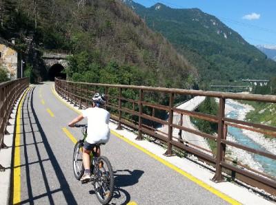 Alpok Adria millenniumi vasút kerékpártúra 3éj